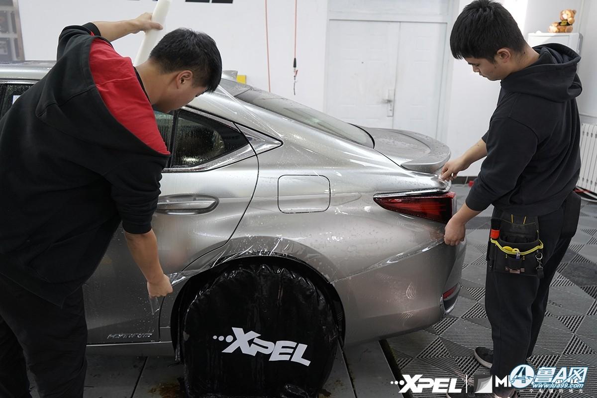 雷克萨斯ES300H装贴隐形车衣