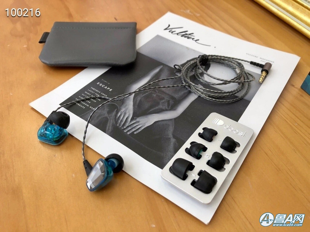 闲置通用线有线耳机,68元