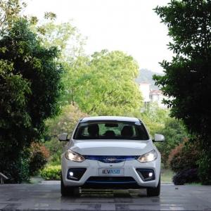 江淮车展品牌日正式启动 牵手大众蔚来后首款新能源车型亮相 ... ...