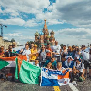 免费去俄罗斯看世界杯,他们是怎么办到的?
